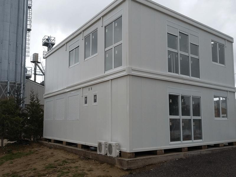 M dulos prefabricados y construcci n modular trabajos for Construccion de oficinas modulares