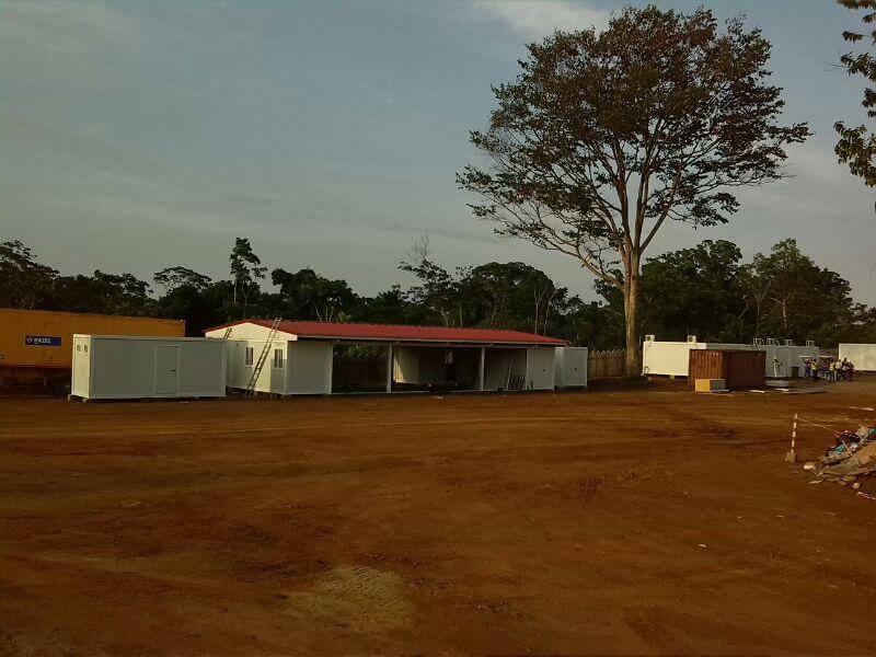campamento de trabajadores en camerun y senegal